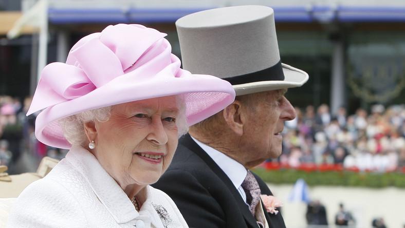 Królowa Elżbieta II z małżonkiem, księciem Filipem