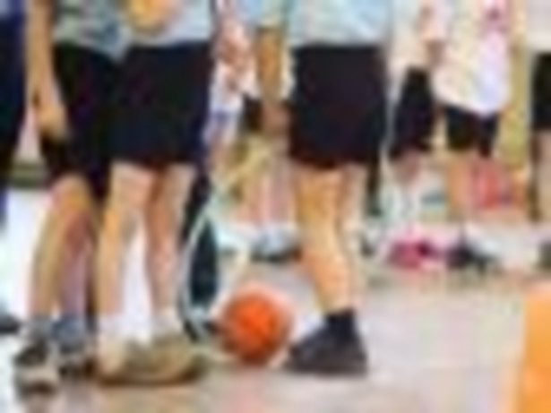 Boiska i sale gimnastyczne to najbardziej niebezpieczne miejsca w szkole.