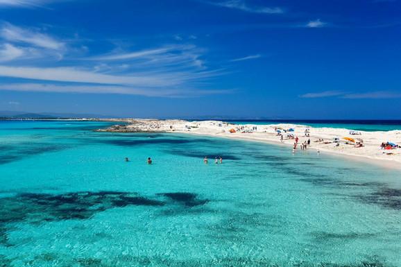 Plaja de ses iljetes, Formentera, Španija