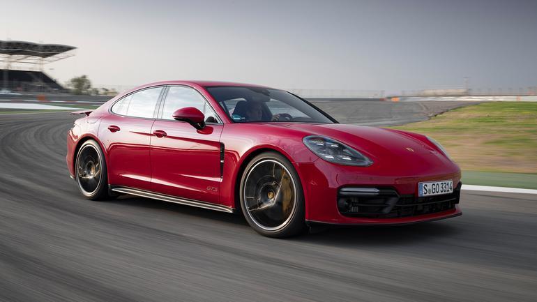 Porsche Panamera GTS - rodzinna rakieta
