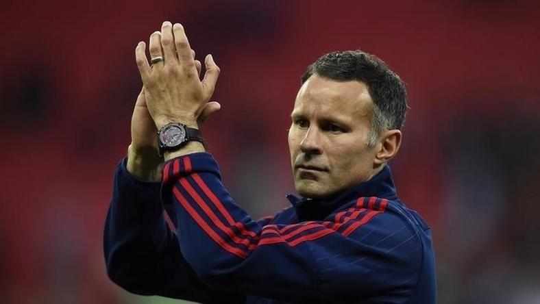 Giggs 'set to leave' Manchester United