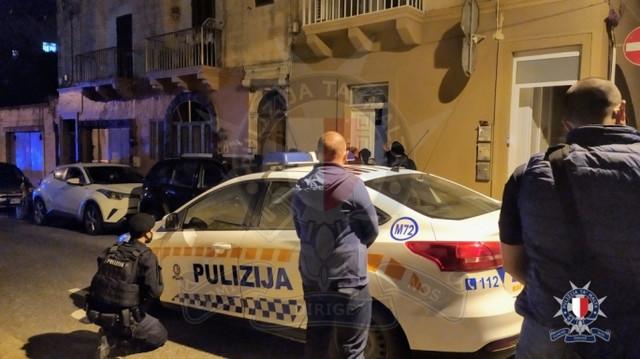 Policija je šest sati pregovarala sa uhapšenim Srbinom