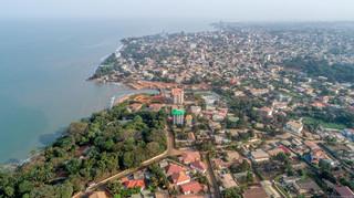 Pucz w Gwinei. Zamachowcy zarządzili godzinę policyjną