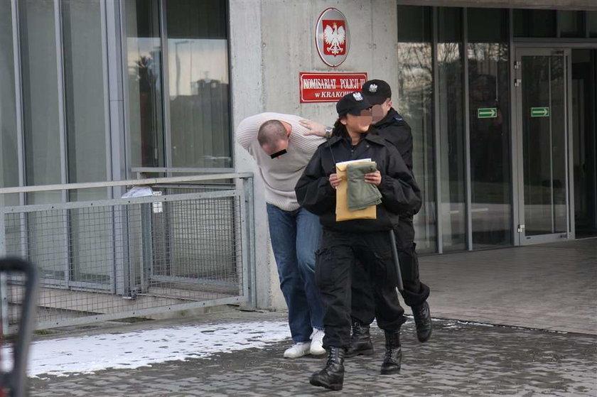 Maczetą odciął dłoń w dyskotece. Makabryczna bójka w Krakowie. Podczas bójki odciął dłoń maczetą w Krakowie w dyskotece