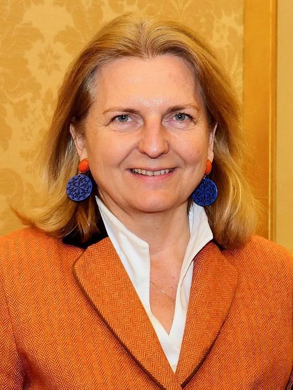 Karin Knajsl