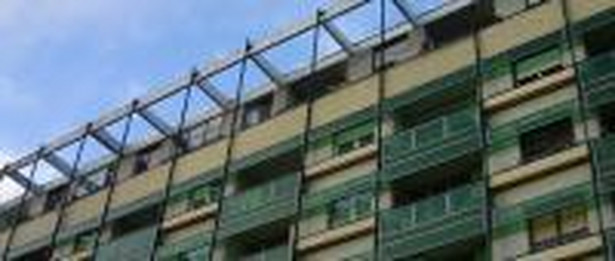 Świadectwa energetyczne będą obowiązkowe dla starych mieszkań, a klasę energetyczną budynku mogą określić inżynierowie bez tytułu magistra.