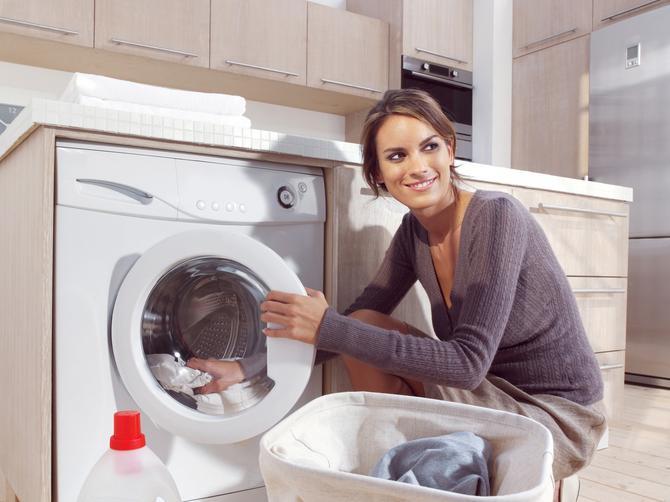 Da veš mašina zablista: Dva najlakša i najjeftinija načina čišćenja