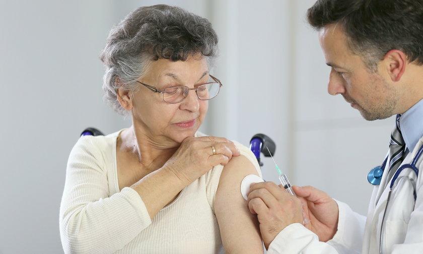 Seniorze, zaszczep się przeciwko grypie!