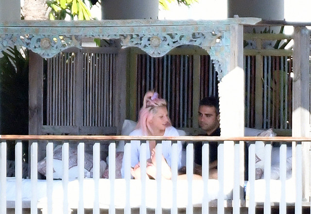 Lejdi Gaga sa novim momkom