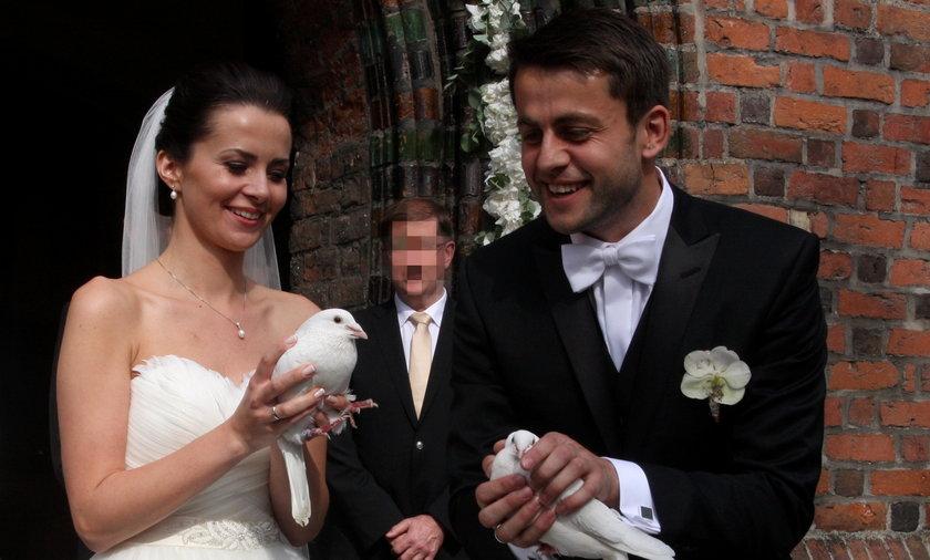 Łukasz Fabiański i Anna Grygier pobrali się w Szamotułach, a na wesele pojechali do niedalekiej Opalenicy