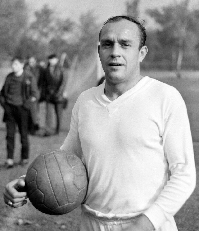 Jan Liberda w 1959 roku do spółki z Henrykiem Kempnym zdobył bramkę, jak ta z niedawnego meczu FC Barcelona – Celta Vigo