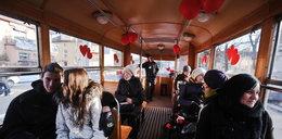 Znajdź miłość w tramwaju