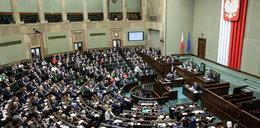 Najnowszy sondaż - kto wypadnie z Sejmu?