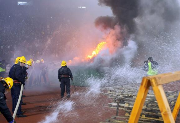 Prisustvo vatrogasaca nije dovoljno za zaštitu