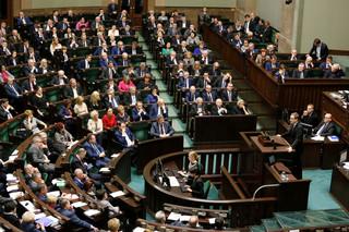 Sejm: Debata nad projektem wprowadzającym program 500 plus