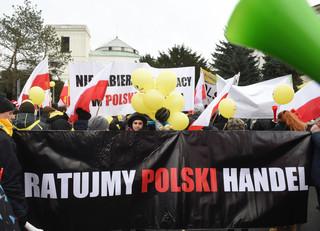 Protest handlowców: Kowalczyk zaprosił delegację przedsiębiorców do Sejmu