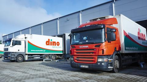 Sieć Dino obejmuje 628 sklepów. Spółka posiada też trzy centra dystrybucyjne