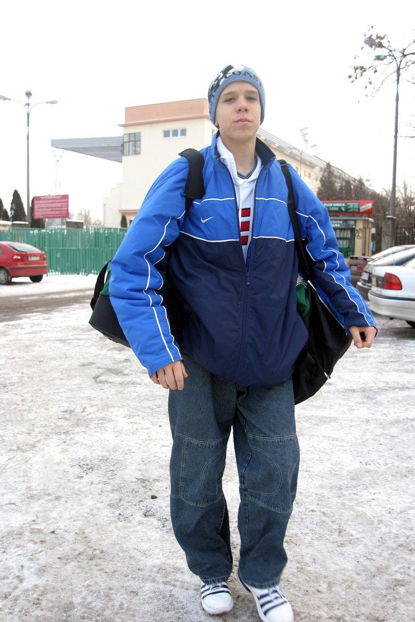 Tak kiedyś Wojciech Szczęsny (31 l.) szedł na trening. Bramkarz musiał wiele poświęcić, by znaleźć się tu, gdzie jest dzisiaj.