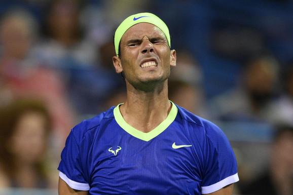 """""""NE OSTVARI SE SVE ŠTO ZAMISLITE"""" Rafael Nadal i dalje trpi bolove: Sat otkucava, postaje sve komplikovanije"""