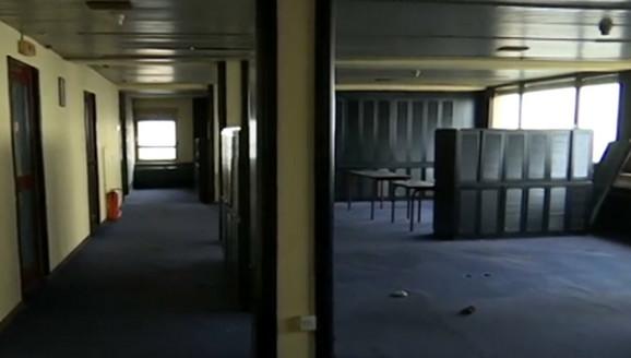 Spratovi prazni i napušteni