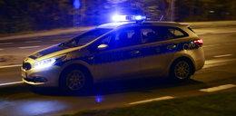 Strzały i pościg za autem. 16-latek rzuciłw policjanta nożem