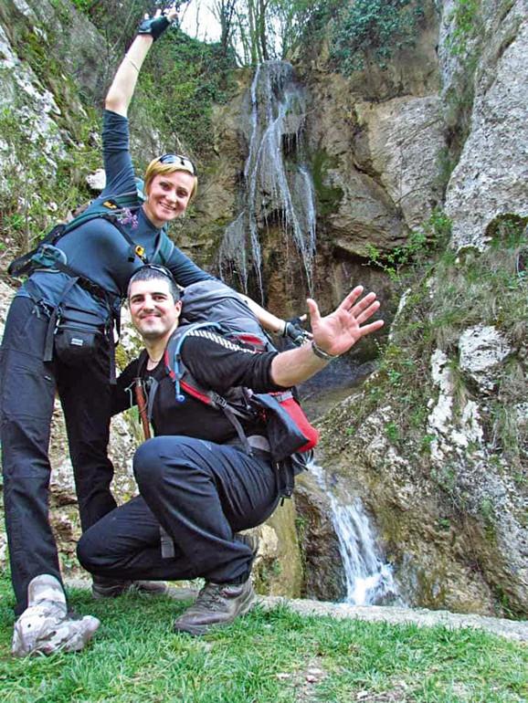 Tatjana je kao mlada planinarka doživela peh i pretrpela teške lomove, ali danas uživa u ljubavi sa svojim spasiocem