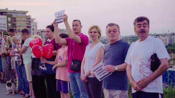 Građani okupljeni na protestu