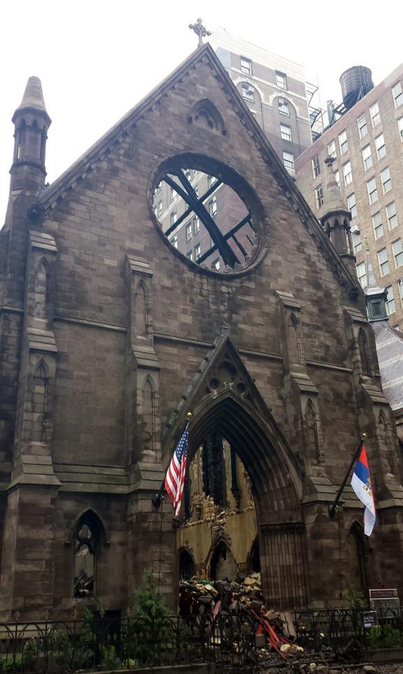 Crkva je izgorela do temelja