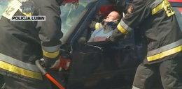 Kierowca i jego żona zginęli w wypadku. Świadkowie zamiast pomóc - nagrywali filmy
