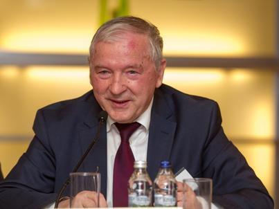 """Wzrost gospodarczy """"dosyć realistyczny"""". Ważny ekonomista ocenił budżet Morawieckiego"""