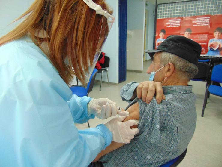 Počela vakcinacija u užičkom Domu zdravlja
