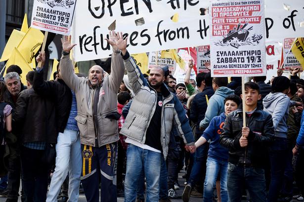 uchodźcy demonstracja w Grecji