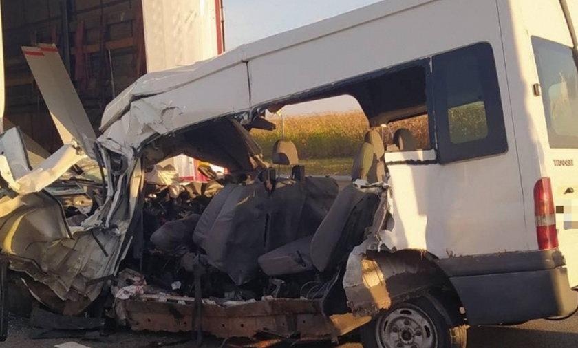 Tragiczny wypadek na autostradzie. Nie żyje pięć osób