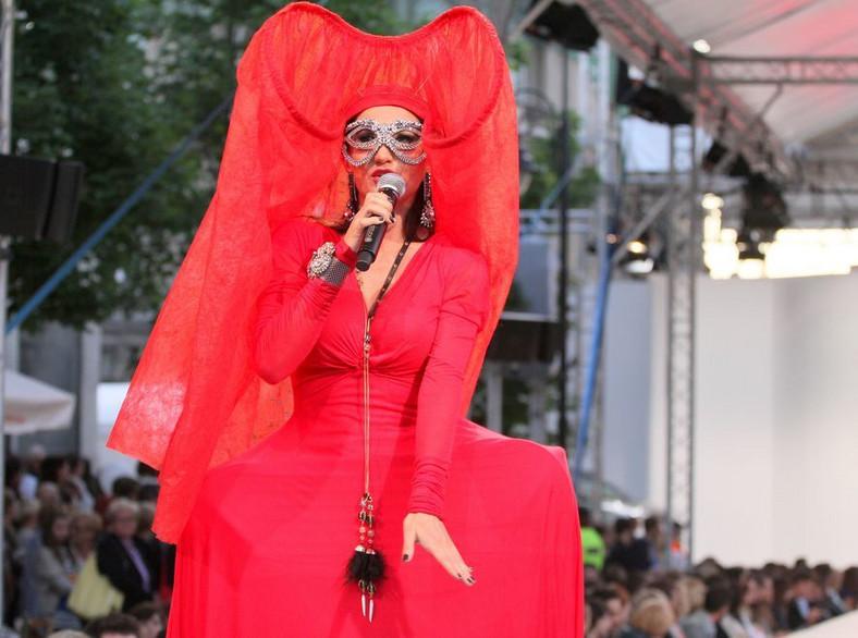 Justyna Steczkowska na Warsaw Fashion Street