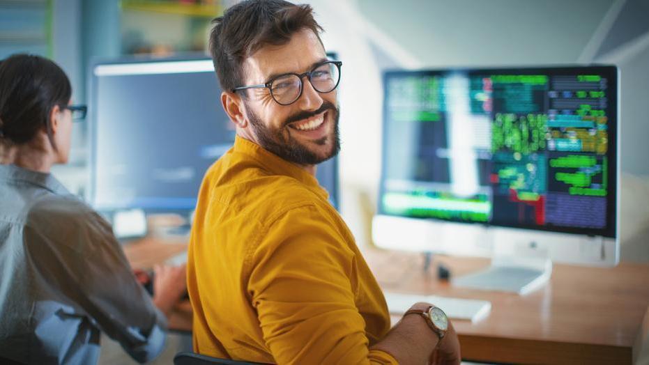 munkát keres a neten