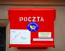 Poczta Polska musi dostosować swoją sieć do mniejszej liczby wysyłanych listów, za to rosnącego rynku paczek