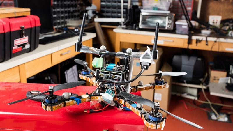 Technologia MIT ochroni drony przed hakerami