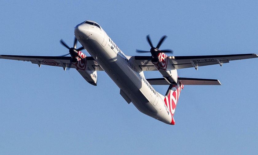 Awaryjne lądowanie Bombardiera w Warszawie. Miał problem z klapami