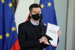 Śmiszek: Złożymy w Sejmie projekt uchwały wzywającej władze, aby uczynić Polskę strefą wolności dla osób LGBT