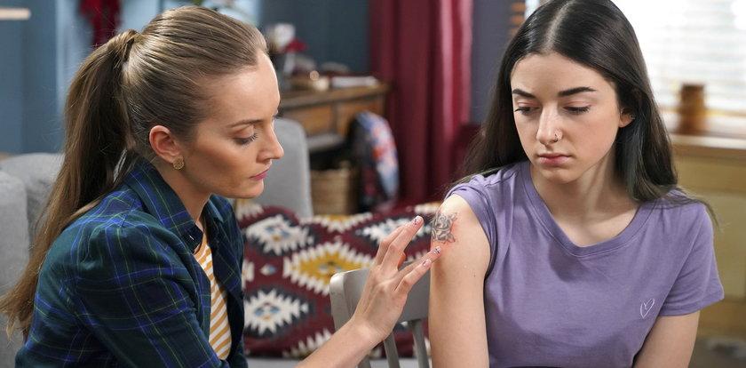 """""""Barwy szczęścia"""". Luizie będzie groziła amputacja ręki! Wszystko przez tatuaż"""