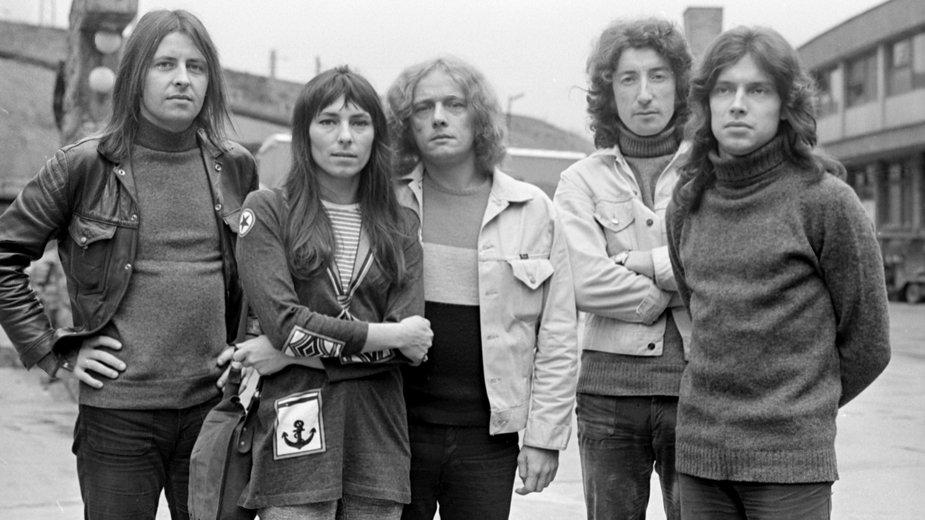 Zespół Breakout w Zabrzu, początek lat 70 (od lewej) Tadeusz Nalepa, Mira Kubasińska, Józef Hajdasz, Tadeusz Trzciński, Jerzy Goleniewski