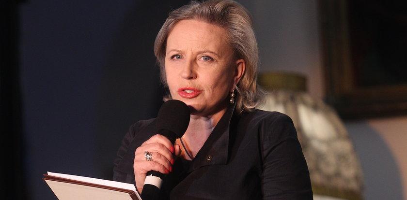 """Krystyna Janda pokazała """"paragon grozy"""" z apteki. Wpis aktorki wywołał burzę"""