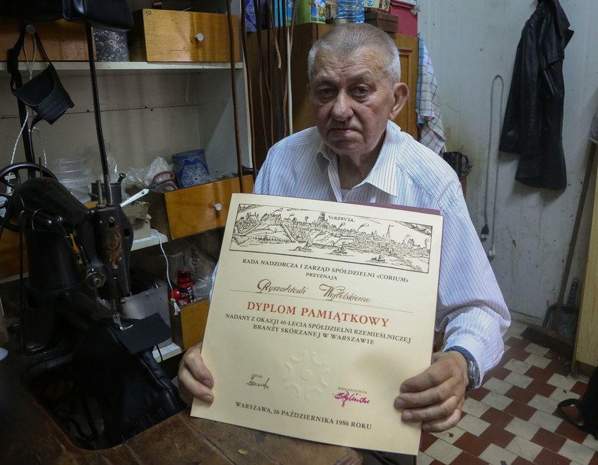 Kaletnik-rymarz z 73-letnim stażem odda zakład w dobre ręce!