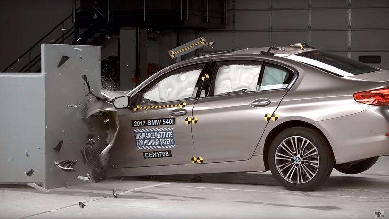 BMW serii 5 w teście IIHS