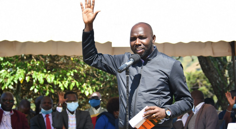 You have no power to authorize a meeting - Murkomen takes on IG Mutyambai in fiery tweets