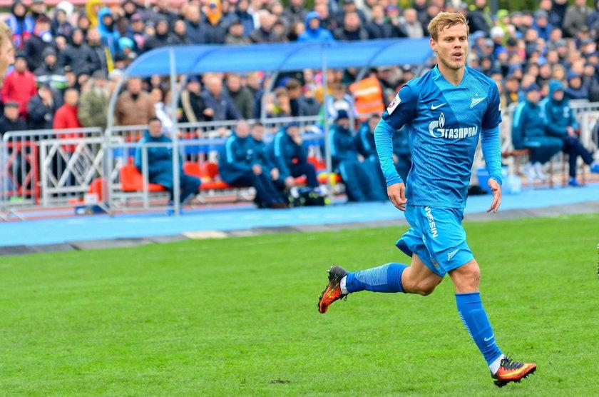 Gwiazdor ligi rosyjskiej będzie sprzedawał pączki