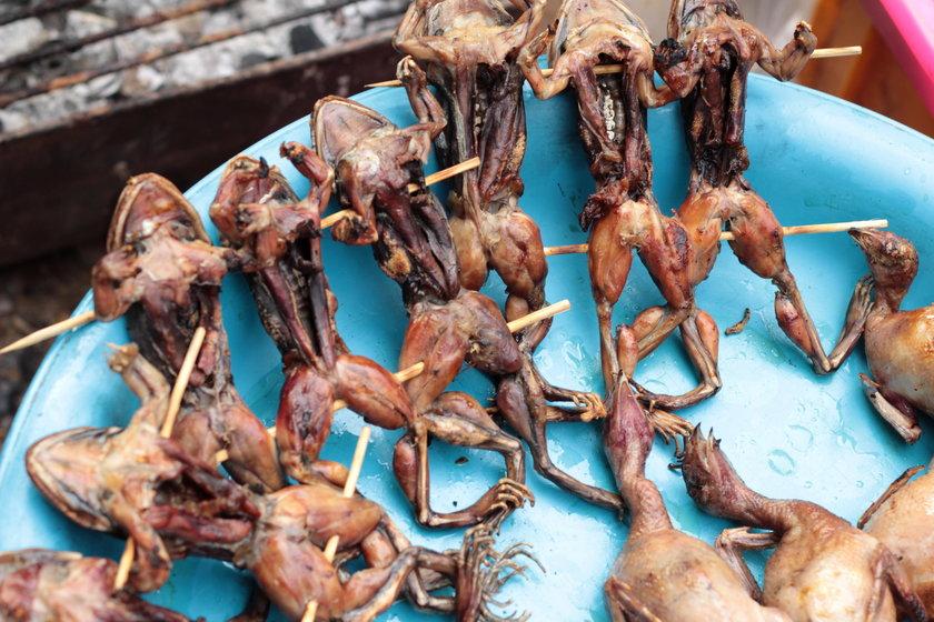 grillowane żaby