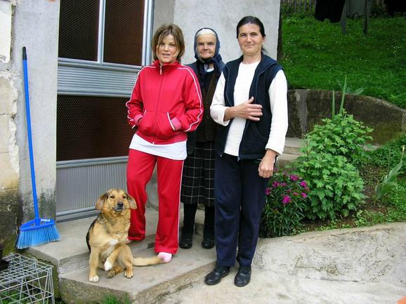 Najveća podrška Verici su majka Milena i baka
