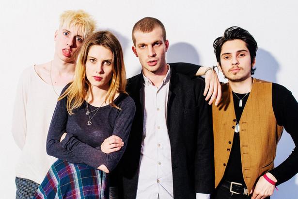 Wolf Alice w Warszawie. Doskonały brytyjski kwartet grający alternatywnego rocka wystąpi w klubie Hybrydy w najbliższą środę. Przed nominowaną do Grammy, Brit i Mercury Prize kapelą wystąpi brytyjski indierockowy Gengahr.