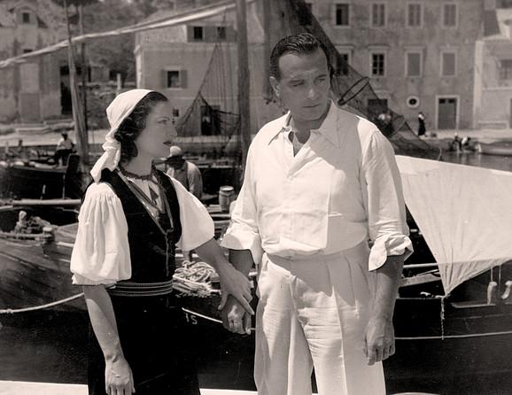 Rita Ina i Svetislav Petrović u filmu